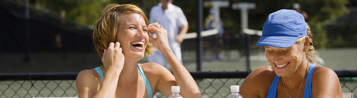 3 free social tennis nights